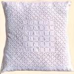 tilonia-pillow-white.jpg